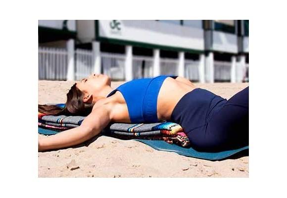 La manta como 'prop' de yoga